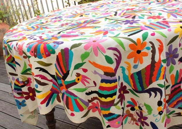 オトミ刺繍布